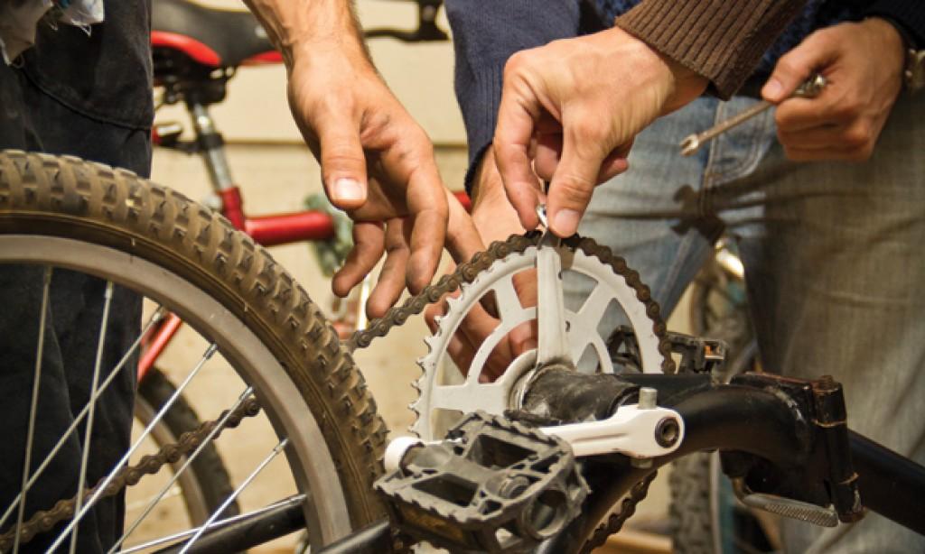 5 herramientas que todo ciclista urbano debe llevar
