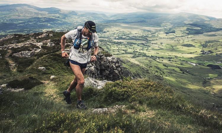 ¿Cómo empezar a correr en la montaña?