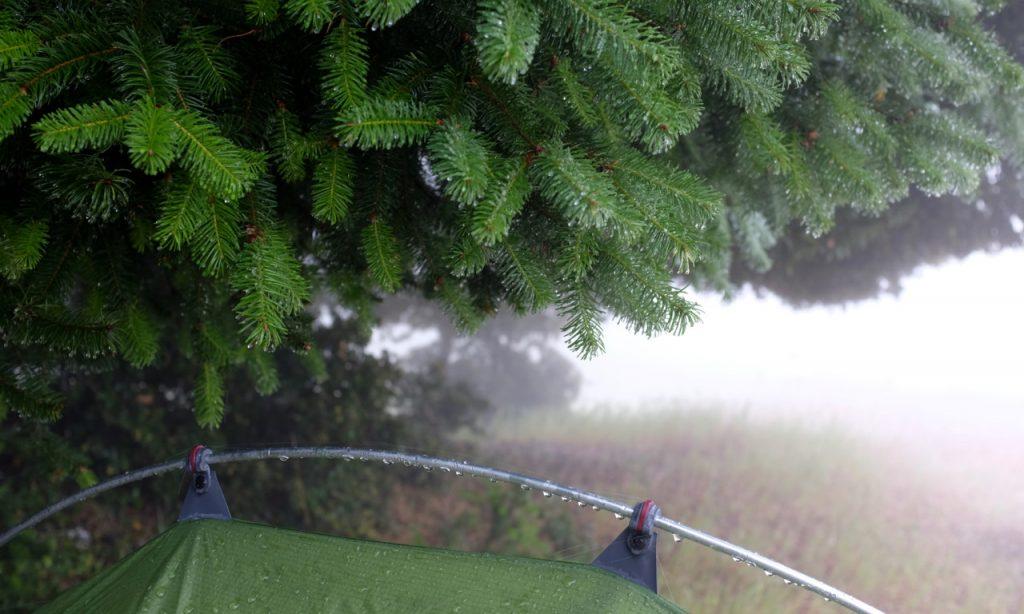 Acampar bajo a la lluvia. ¿Que debo saber?