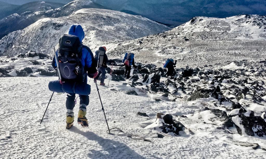 ¿Cómo caminar por la nieve?