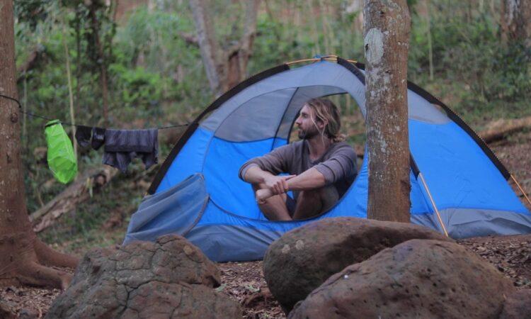 ¿Cómo lavar la ropa en campamento?